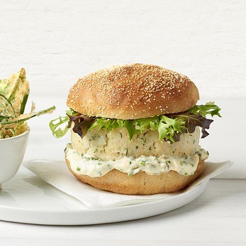 Burger de pescado con mayonesa y wasabi