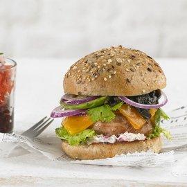 Burger de pavo con aguacate y huitlacoche